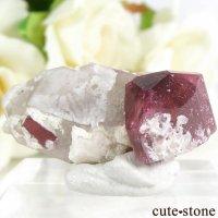 ロシア Malkhan産 トルマリンの母岩付き結晶(原石) 7.2gの画像