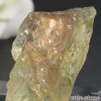 オレゴンサンストーンの原石 3.9gの画像
