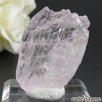 アフガニスタン産 クンツァイト (スポジュメン・リチア輝石) の結晶(原石) 9.8gの画像