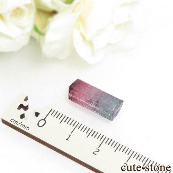 ブラジル Pederneira mine産 トルマリンの結晶(原石) 2gの写真3 cute stone