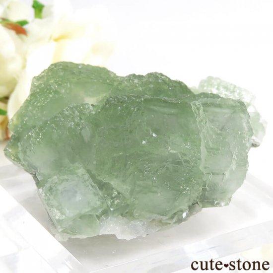中国 貴州省産 グリーンフローライトの結晶(原石)106gの写真1 cute stone