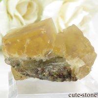 中国 湖南省産 イエローフローライトの結晶(原石)15.5gの画像