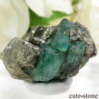 コロンビア Chivor Mine産 エメラルド&パイライトの結晶(原石)4.5gの画像