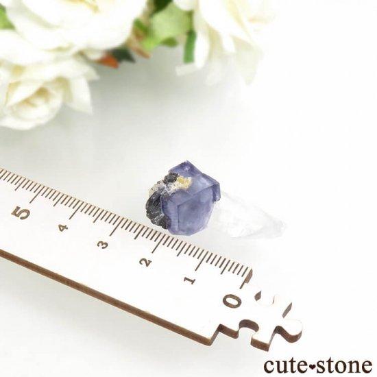 ヤオガンシャン産 ブルーフローライト&クォーツ 5.5gの写真4 cute stone