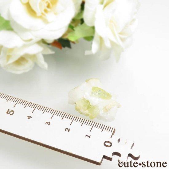 ブラジル Linopolis産 ブラジリアナイトの母岩付き結晶 6.2gの写真5 cute stone