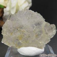 フランス Fontsante Mine産 ライトイエローフローライトの結晶(原石)8.2gの画像