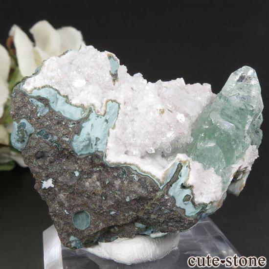 インド プネー産 グリーンアポフィライト&スティルバイトの原石 43.4gの写真0 cute stone