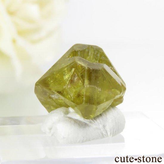 ブラジル ミナスジェライス州産 双晶クリソベリルの結晶(原石) 2.6gの写真0 cute stone