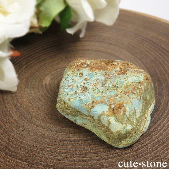 イラン産 天然ターコイズの原石 22gの写真0 cute stone