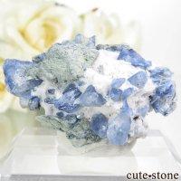 カリフォルニア産 ベニトアイトの母岩付き結晶(原石) 8.4gの画像