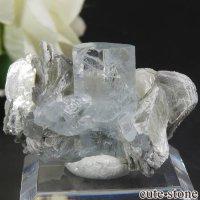 パキスタン Chumar Bakhoor産 アクアマリン&モスコバイトの母岩付き結晶(原石) 10.1gの画像