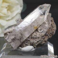 メキシコ Villa Garcia Municipality産 トパーズの母岩付き結晶(原石)10.1gの画像