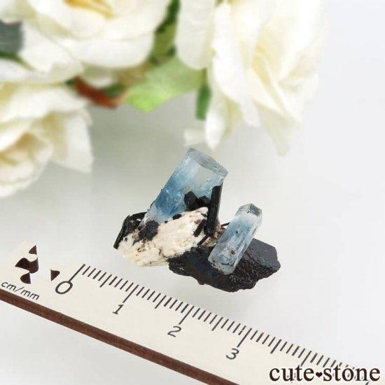 ナミビア エロンゴ産 アクアマリン&ブラックトルマリンの結晶(原石)5.5gの写真3 cute stone