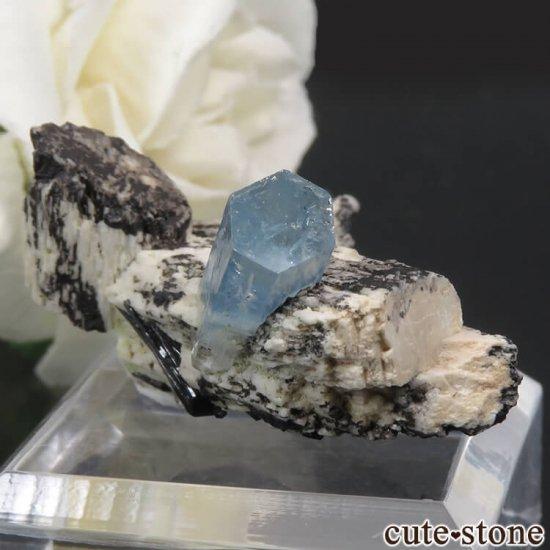 ナミビア エロンゴ産 アクアマリン&ブラックトルマリンの結晶(原石)7.9gの写真2 cute stone