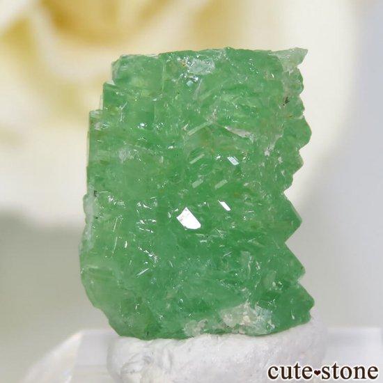 タンザニア産 ツァボライトの結晶(原石) 7.5ct