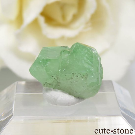 タンザニア産 ツァボライトの結晶(原石) 5.3ct