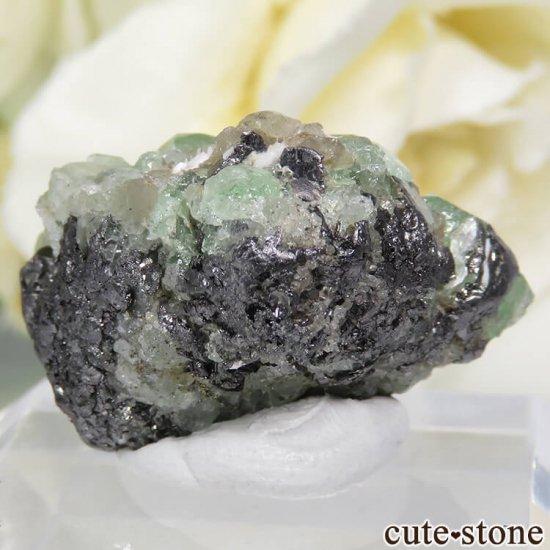 タンザニア産 ツァボライト&ダイオプサイトの母岩付き結晶(原石) 32.5ctの写真3 cute stone