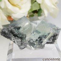 中国 Xianghualing Mine産 グリーンフローライトの結晶 11gの画像