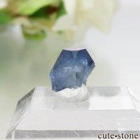 カリフォルニア産 ベニトアイトの結晶(原石)1.3ctの画像