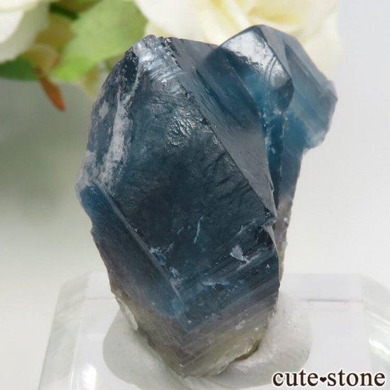 フランス Haute-Loire産 ブルー×イエローフローライトの結晶(原石)19gの写真0 cute stone