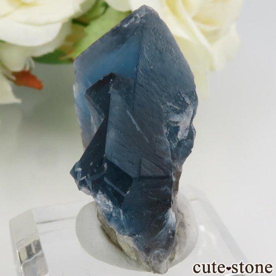フランス Haute-Loire産 ブルー×イエローフローライトの結晶(原石)19gの写真2 cute stone