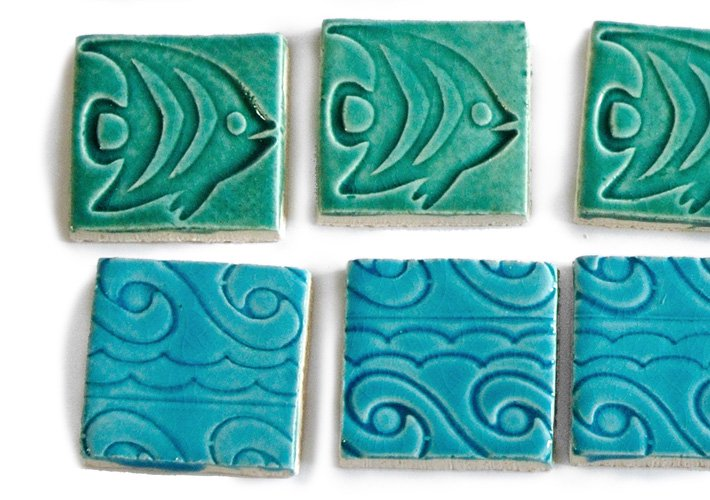 TURQUOISE WAVE TILE