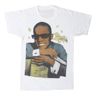 <img class='new_mark_img1' src='https://img.shop-pro.jp/img/new/icons14.gif' style='border:none;display:inline;margin:0px;padding:0px;width:auto;' />1970's VINTAGE STEVIE WONDER TEE