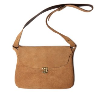 <img class='new_mark_img1' src='//img.shop-pro.jp/img/new/icons21.gif' style='border:none;display:inline;margin:0px;padding:0px;width:auto;' />Fernand Leather Horizontal I-Pad Latch Pouch - Beige Suede