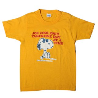 <img class='new_mark_img1' src='//img.shop-pro.jp/img/new/icons14.gif' style='border:none;display:inline;margin:0px;padding:0px;width:auto;' />CHAMPION VINTAGE KID'S TEE SNOOPY
