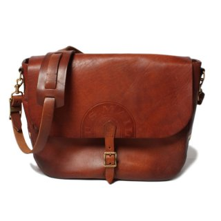 <img class='new_mark_img1' src='//img.shop-pro.jp/img/new/icons14.gif' style='border:none;display:inline;margin:0px;padding:0px;width:auto;' /> VASCO LEATHER POSTMAN SHOULDER BAG (TYPE-2) CAMEL