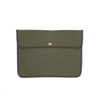 <img class='new_mark_img1' src='https://img.shop-pro.jp/img/new/icons21.gif' style='border:none;display:inline;margin:0px;padding:0px;width:auto;' />Stevenson Overall Co. SCC x SOC Waxed Cotton Clutch Bag - SSC3 Olive