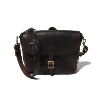 <img class='new_mark_img1' src='//img.shop-pro.jp/img/new/icons14.gif' style='border:none;display:inline;margin:0px;padding:0px;width:auto;' />VASCO LEATHER POSTMAN MINI SHOULDER BAG BLACK Type-1 (VS-249L)