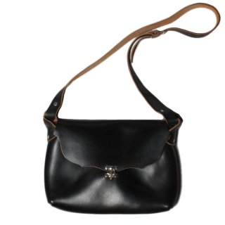<img class='new_mark_img1' src='https://img.shop-pro.jp/img/new/icons47.gif' style='border:none;display:inline;margin:0px;padding:0px;width:auto;' />Fernand Leather Horizontal I-Pad Latch Pouch - Black