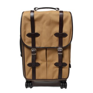<img class='new_mark_img1' src='https://img.shop-pro.jp/img/new/icons21.gif' style='border:none;display:inline;margin:0px;padding:0px;width:auto;' />FILSON 4-Wheel Carry-On Bag TAN