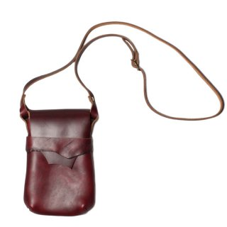 <img class='new_mark_img1' src='https://img.shop-pro.jp/img/new/icons14.gif' style='border:none;display:inline;margin:0px;padding:0px;width:auto;' />Fernand Leather Kelly Pouch Medium - Burgundy