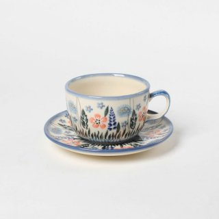 <img class='new_mark_img1' src='https://img.shop-pro.jp/img/new/icons14.gif' style='border:none;display:inline;margin:0px;padding:0px;width:auto;' />Polish Pottery Ceramika Artystyczna WIZA Cup and saucer