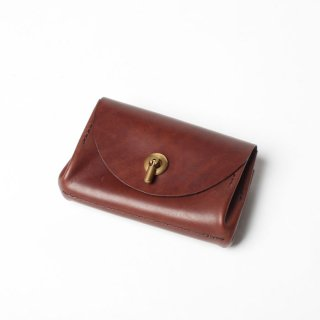 <img class='new_mark_img1' src='https://img.shop-pro.jp/img/new/icons14.gif' style='border:none;display:inline;margin:0px;padding:0px;width:auto;' />VASCO LEATHER VOYAGE POCKET WALLET