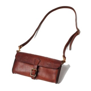 <img class='new_mark_img1' src='https://img.shop-pro.jp/img/new/icons47.gif' style='border:none;display:inline;margin:0px;padding:0px;width:auto;' />VASCO LEATHER MAILMAN SADDLE BAG VS-252
