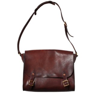 <img class='new_mark_img1' src='https://img.shop-pro.jp/img/new/icons14.gif' style='border:none;display:inline;margin:0px;padding:0px;width:auto;' />VASCO LEATHER POST SHOULDER BAG BROWN