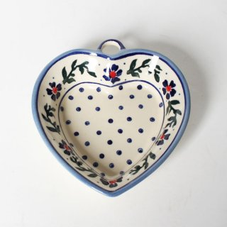 <img class='new_mark_img1' src='https://img.shop-pro.jp/img/new/icons47.gif' style='border:none;display:inline;margin:0px;padding:0px;width:auto;' />Polish Pottery Wiza Heart Bowl