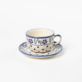 <img class='new_mark_img1' src='https://img.shop-pro.jp/img/new/icons47.gif' style='border:none;display:inline;margin:0px;padding:0px;width:auto;' />Polish Pottery Wiza Cup and saucer