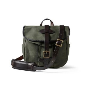 <img class='new_mark_img1' src='https://img.shop-pro.jp/img/new/icons14.gif' style='border:none;display:inline;margin:0px;padding:0px;width:auto;' />FILSON SMALL RUGGED TWILL FIELD BAG OTTER GREEN