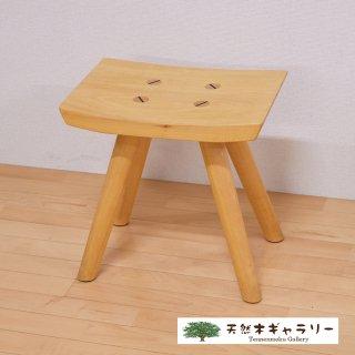 <span class='ic03'>送料無料</span>一枚板 楽ちんスツール シナ stool-sina-011