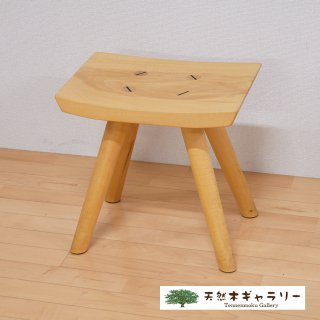 <span class='ic03'>送料無料</span>一枚板 楽ちんスツール シナ stool-sina-012