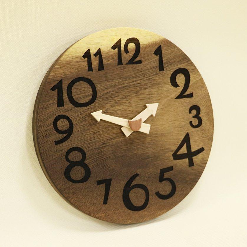 <img class='new_mark_img1' src='https://img.shop-pro.jp/img/new/icons1.gif' style='border:none;display:inline;margin:0px;padding:0px;width:auto;' />木の時計「DECCA(デッカ)」 モンキーポッド クォーツ clock-d-46-monki