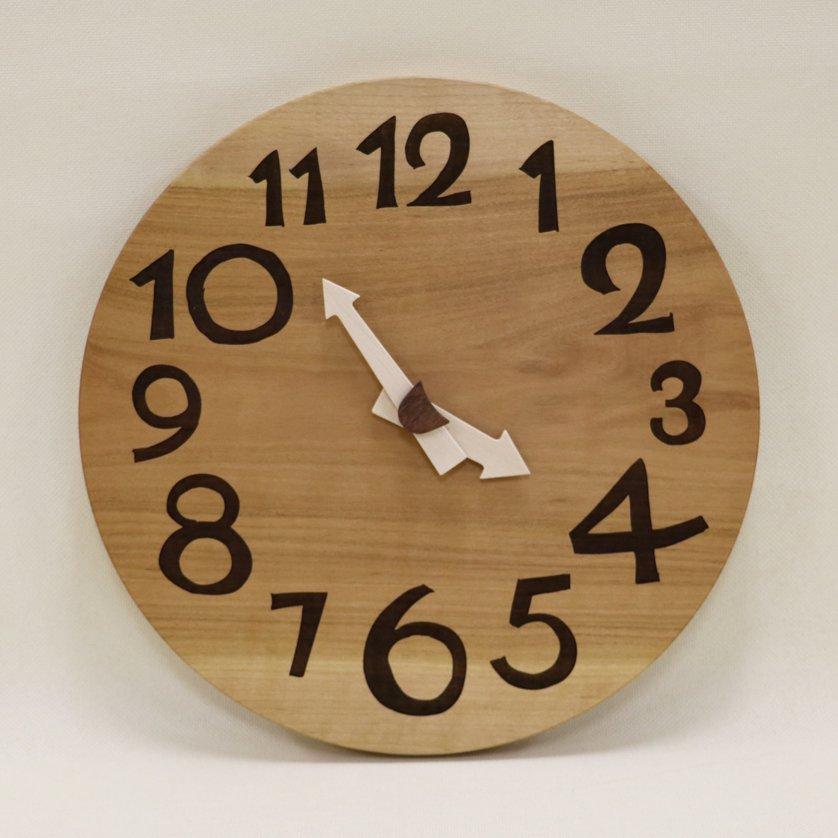 <img class='new_mark_img1' src='https://img.shop-pro.jp/img/new/icons3.gif' style='border:none;display:inline;margin:0px;padding:0px;width:auto;' />木の時計「DECCA(デッカ)」 桜(さくら) クォーツ clock-d-43-sakura
