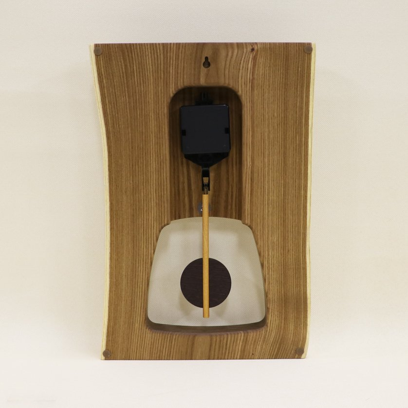 <img class='new_mark_img1' src='https://img.shop-pro.jp/img/new/icons3.gif' style='border:none;display:inline;margin:0px;padding:0px;width:auto;' />木の時計 『森の振り子時計』 L エンジュ クォーツ clock-ml-007