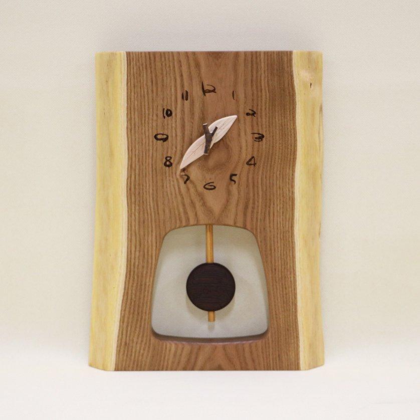 <img class='new_mark_img1' src='https://img.shop-pro.jp/img/new/icons3.gif' style='border:none;display:inline;margin:0px;padding:0px;width:auto;' />木の時計 『森の振り子時計』 M エンジュ クォーツ clock-mm-212