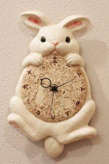 受注生産:陶器の掛時計 月うさぎ尾振り掛時計