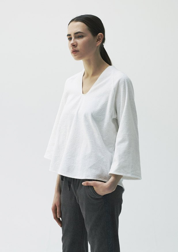 TFIN-5306 Bell Sleeve Top
